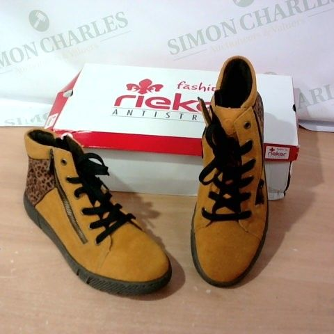 BOXED PAIR OF RIEKER  - SIZE 40