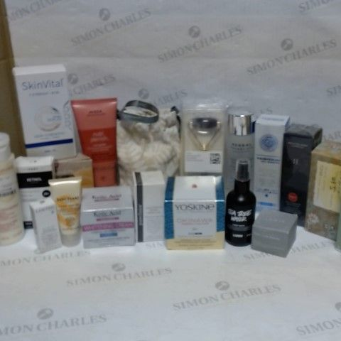 LOT OF APPROXIMATELY 20 ASSORTED SKIN CARE ITEMS, TO INCLUDE LANCOME, CLARINS, REN SKINCARE, ETC