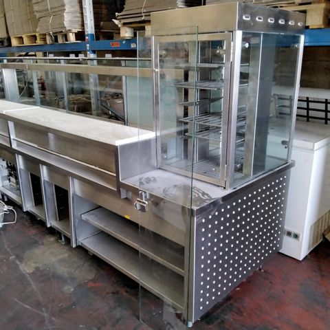 LARGE COMMERCIAL SERVE OVER COUNTER DISPLAY UNIT, HEATED WITH BAIN MARIE & HEATED DISPLAY UNIT APPTOX 13' WIDE