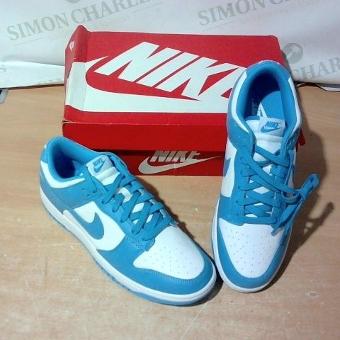 BOXED PAIR OF NIKE TRAINERS SIZE 10