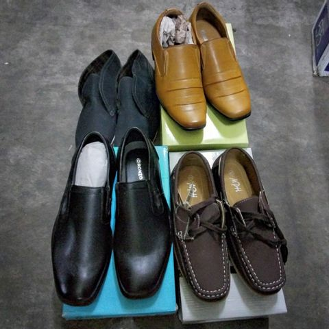 4 PAIRS OF ASSORTED MENS CASUAL SHOES