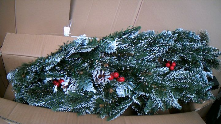 FESTIVE PRE-LIT SNOW DUSTED GARLAND WITH PINECONES 180CM