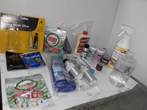 SMALL BOX OF ASSORTED LIQUID ITEMS TO INCLUDE TITEBOND WOOD GLUE, ELMER'S GLITTER GLUE, FAIRY PLATINUM DISHWASHER TABLET