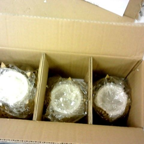ALISON CORK SET OF CANDLE HOLDERS WITH LED CANDLES COLLECTION