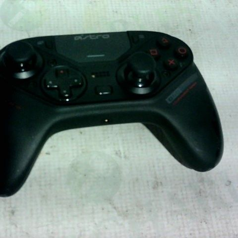 ASTRO C40 PS4 GAME CONTROLLER