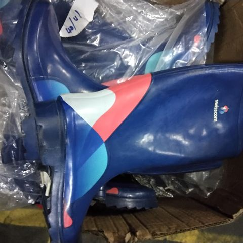 BOX OF APPROXIMATELY 8 PAIRS OF ASSORTED SWISSCOM WELLIES