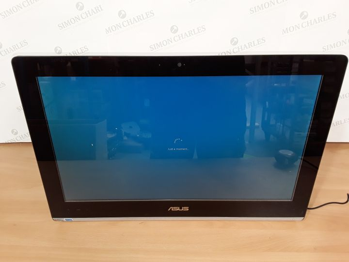 ASUS ALL IN ONE COMPUTER - ET2221A