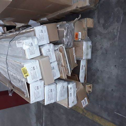 PALLET OF ASSORTED GOOD HOME SOLID WOOD FLOORING (APPROX 15 PACKS)