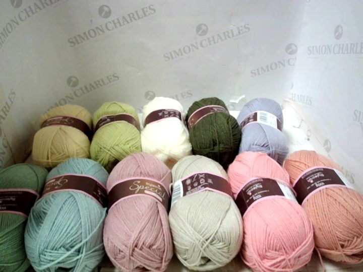 BOX OF A SIGNIFICANT QUANTITY OF ASSORTED WOOL AND YARN ETC