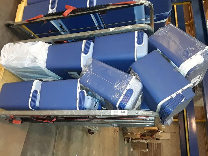 CAGE OF APPROXIMATELY 15 CONNABRIDE CB21 ELECTRIC COOLBOXES