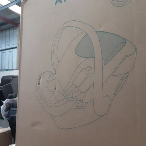 BOXED CYBEX ATON 5 BABY CAR SEAT- BLACK