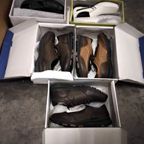 5 PAIRS OF ASSORTED MENS CASUAL SHOES