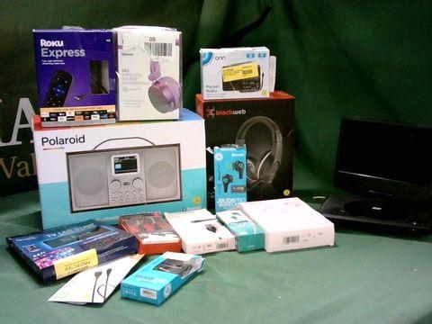 MEDIUM BOX OF ASSORTED TECH ITEMS TO INCLUDE POLAROID DAB RADIO, BLACKWEB GAMING HEADSET, TV LED STRIP