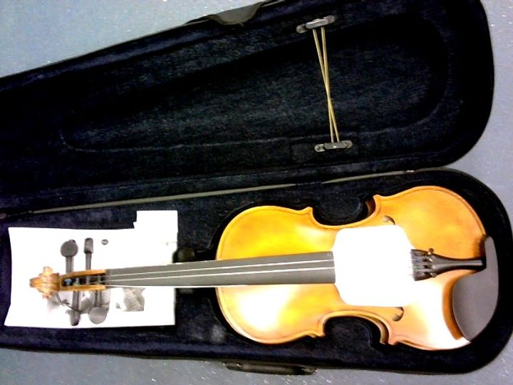 AILEEN VIOLIN 4/4 FULL SIZE FOR BEGINNERS