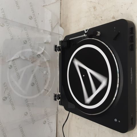 AUDIO-TECHNICA ATLP60 FULLY AUTOMATIC WIRELESS BELT-DRIVE STEREO TURNTABLE