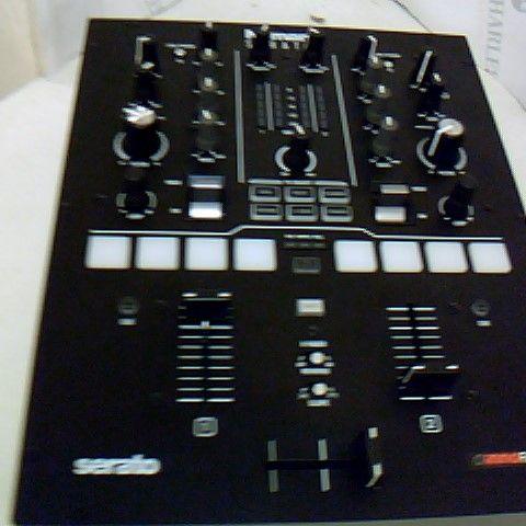 NUMARK SCRATCH - TWO-CHANNEL DJ SCRATCH MIXER FOR SERATO DJ PRO