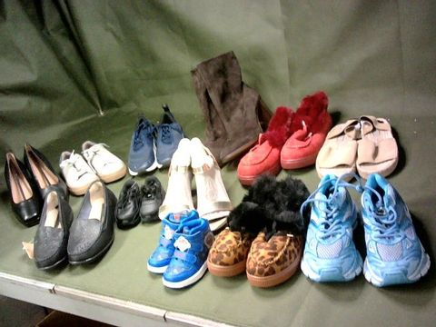 LOT OF 12 ASSORTED PAIRS OF SHOES
