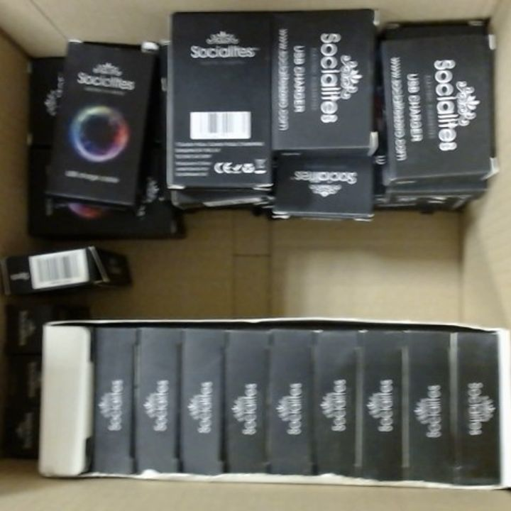 LOT OF APPROXIMATELY 45 SOCIALITE USB CHARGERS + 10 650MAH BATTERIES