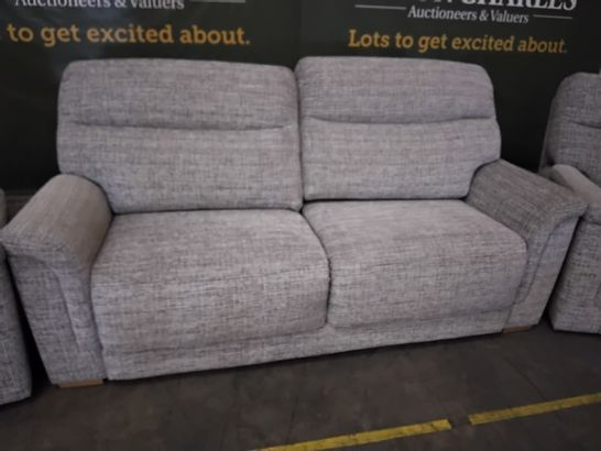 QUALITY G PLAN HARRISON WAFFLE SMOKE FABRIC LOUNGE SUITE, COMPRISING, FIXED THREE SEATER SOFA & PAIR POWER RECLINING EASY CHAIRS
