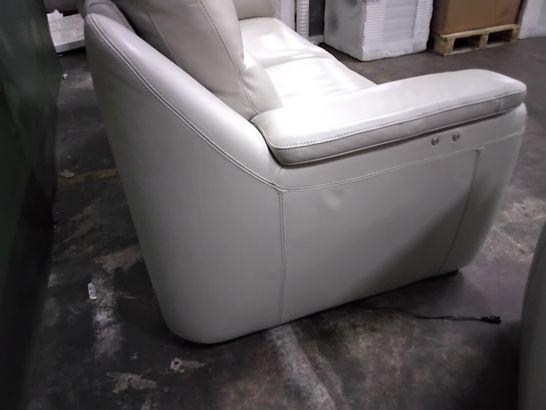 QUALITY ITALIAN DESIGNER PALMA BEIGE LEATHER LOUNGE SUITE, COMPRISING THREE SEATER POWER RECLINING SOFA & FIXED EASY CHAIR