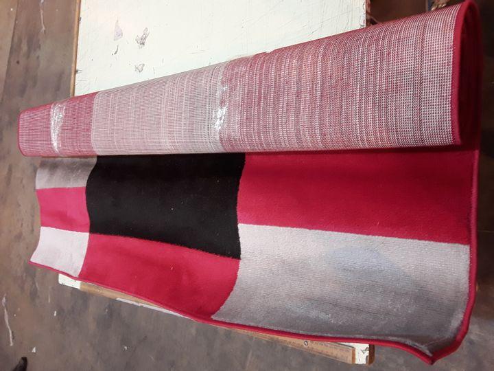 LECIA TUFTED BLACK/RED/WHITE RUG 160X230