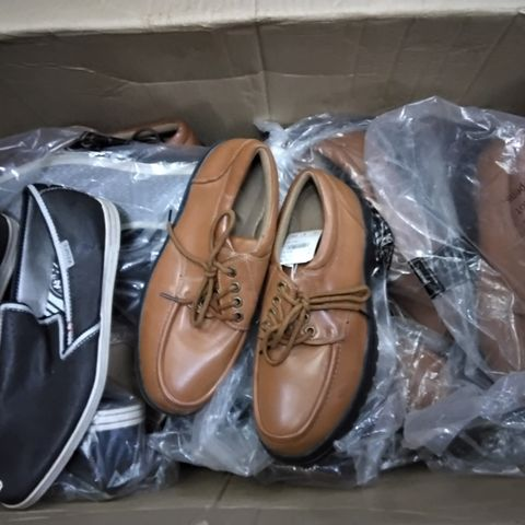 BOX OF APPROXIMATELY 16 ASSORTED PAIRS OF MENS SHOES