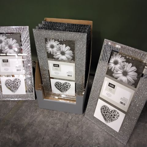 PALLET OF APPROXIMATELY 80 CASES EACH CONTAINING 6 SUNBURST GLITTER FRAMES TO HOLD 3 × 5 × 4 PICTURES