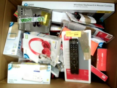 LOT OF APPROXIMATELY 20 ELECTRICAL ITEM