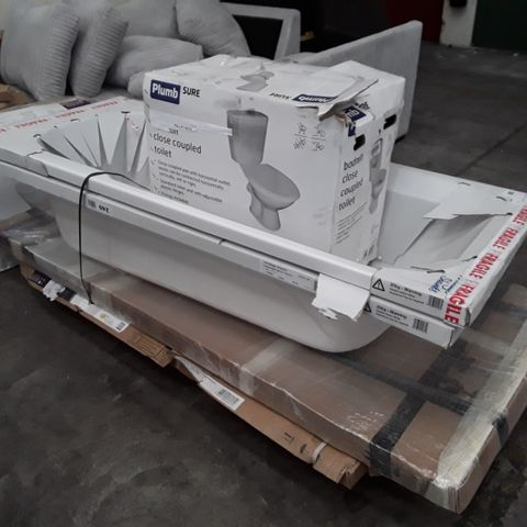 PALLET OF 5 MIXED BATH ITEMS INCLUDING BATH TUBS, CLOSE COUPLE TOILET AND BATHSCREEN