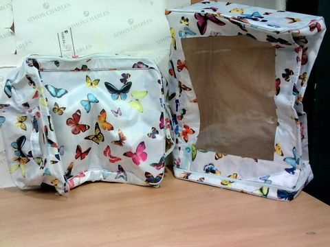 2 X CAMOUFLAGE BUTTERFLY BAGS