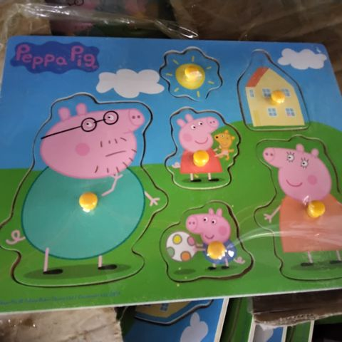 BOX OF APPROXIMATELY 40 ASSORTED PEPPA PIG JIGSAW SETS