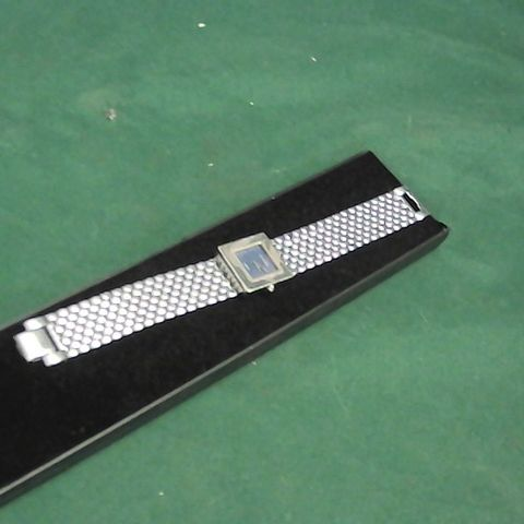 SHAON SILVER SQUARE FACE WATCH