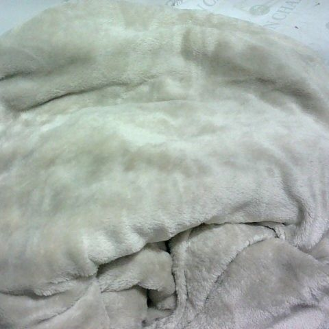 COZEE HOME BUTTERFLY EMBOSSED FAUX MINK & VELVETSOFT DUVET SET - TAUPE DOUBLE