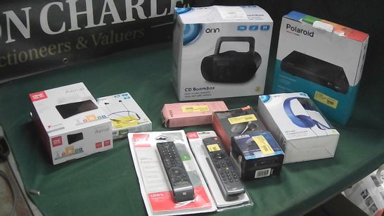 BOX OF ASSORTED TECH ITEMS TO INCLUDE POLAROID DVD PLAYER, ONN CD BOOMBOX, ONE FOR ALL AERIAL
