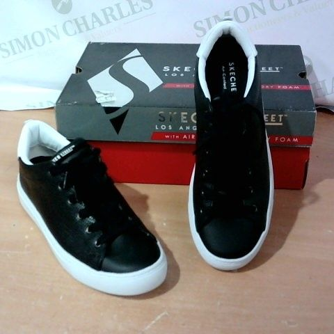 BOXED PAIR OF SKECHER STREET - SIZE 6