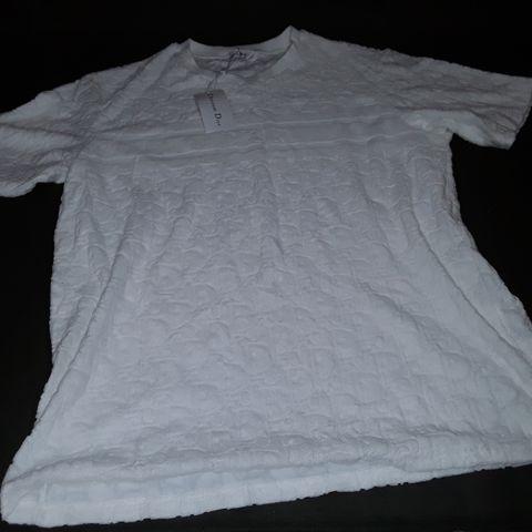 CHRISTIAN DIOR STYLE WHITE T-SHIRT - XL