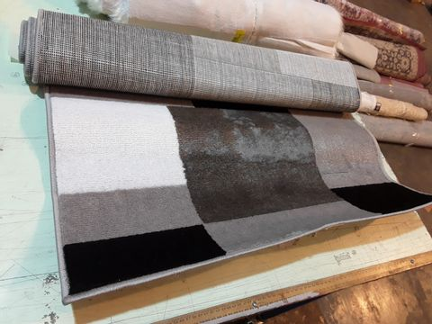ELNA TUFTED GREY/BLACK/WHITE RUG 80X150
