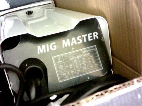AUTOJACK MIG130 MIG MASTER 130 PORTABLE GASLESS WELDER