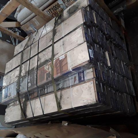 PALLET OF APPROXIMATELY 50 PACKS OF QUICK STEP PARQUET NATURAL OAK BRUSHED MATT FLOORING PANELS