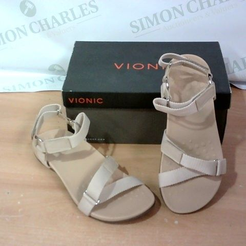 BOXED PAIR OF VIONIC - SIZE 6