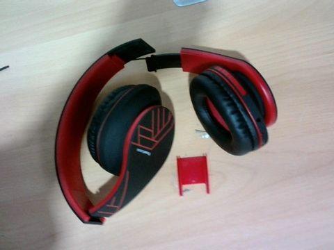 POWERLOCUS BLUETOOTH OVER-EAR HEADPHONES