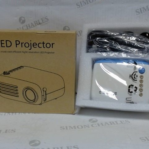 GOODEE LED PROJECTOR