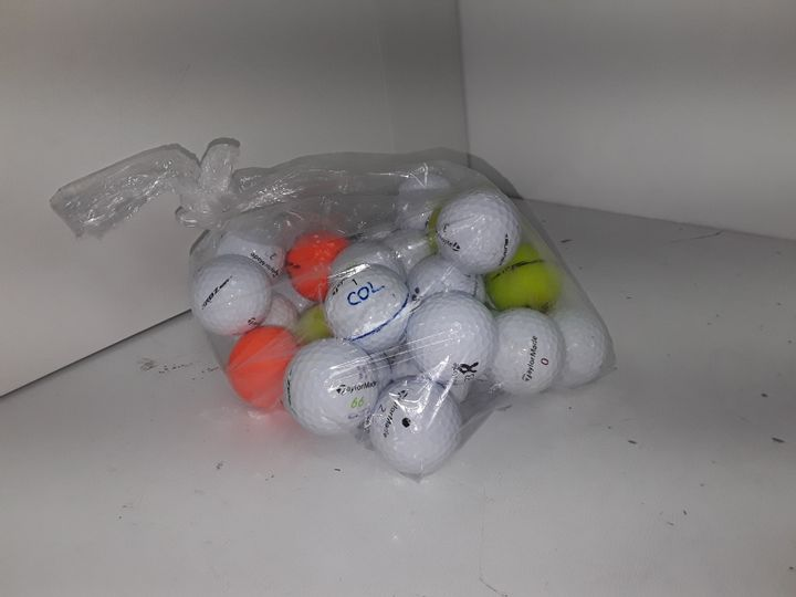 BAG OF APPROXIMATELY 20 ASSORTED GOLF BALLS