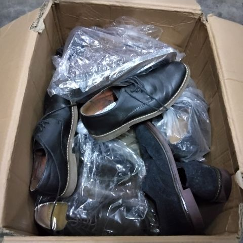 15 PAIRS OF ASSORTED MENS SHOES