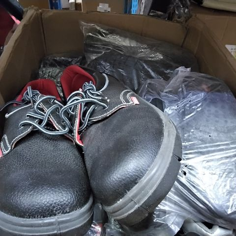 BOX OF APPROXIMATELY 14 PAIRS OF STEEL CAPPED TRAINERS