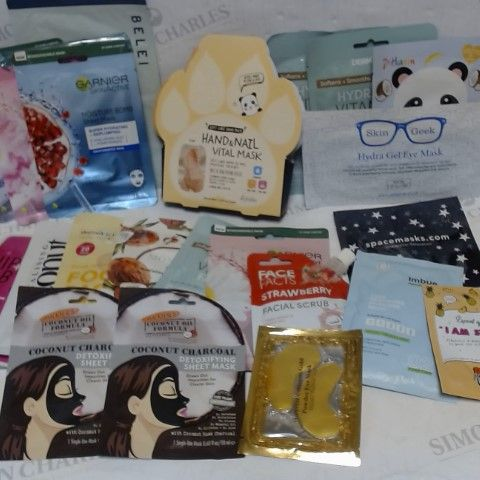 LOT OF APPROXIMATELY 20 ASSORTED SKINCARE MASK ITEMS