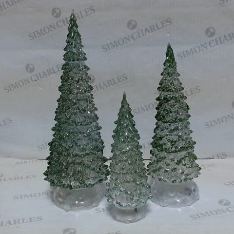 LOT OF APPROXIMATELY 12 LIGHT-UP GREEN CHRISTMAS TREE 3PC SETS