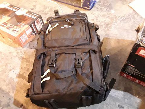 FLY LEAF BAG
