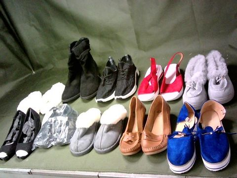 LOT OF 10 ASSORTED PAIRS OF SHOES