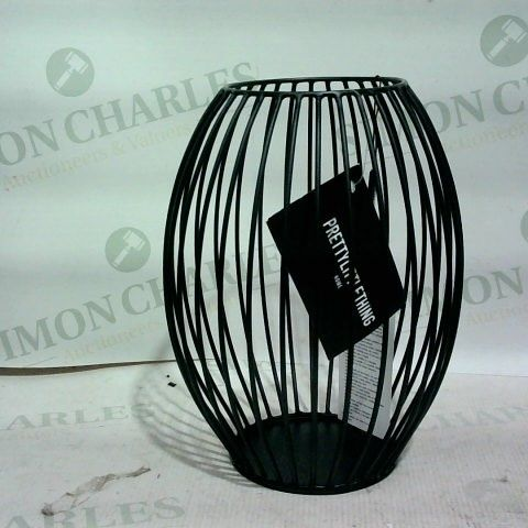 PRETTY LITTLE THINGS - WIRE BLACK CANDLE HOLDER